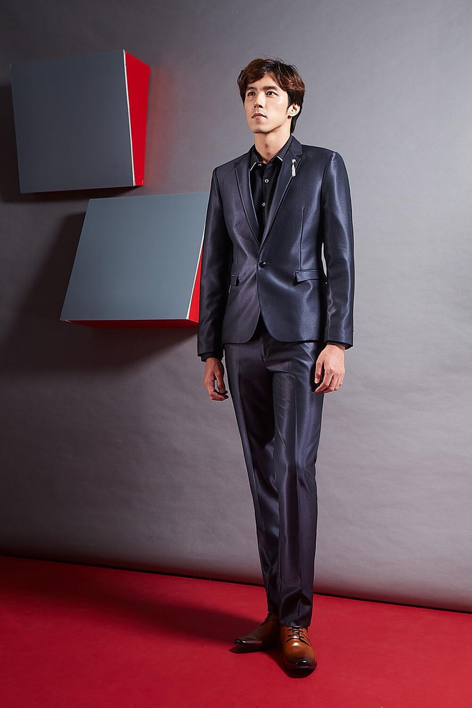 FLYING EAGLE 【03】時尚單釦成套深藍色西裝