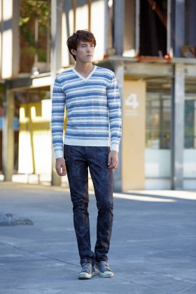 E'SOPO 2017 款#05 V領條紋男士長袖毛衣