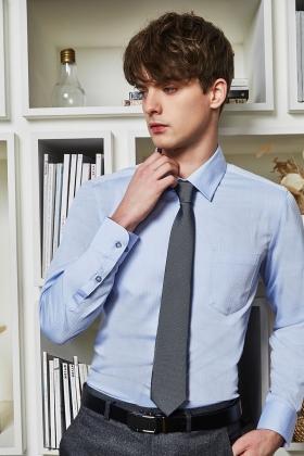 淺藍織紋襯衫